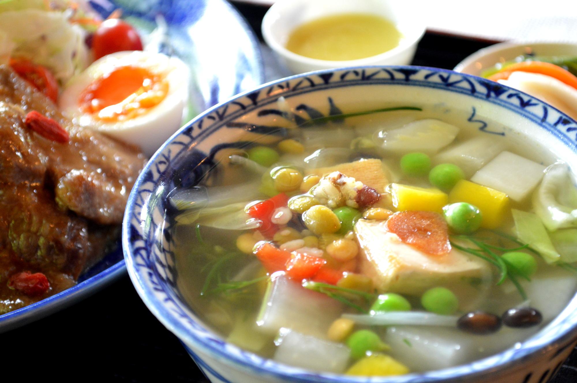 那須のカフェ楓の彩りスープ