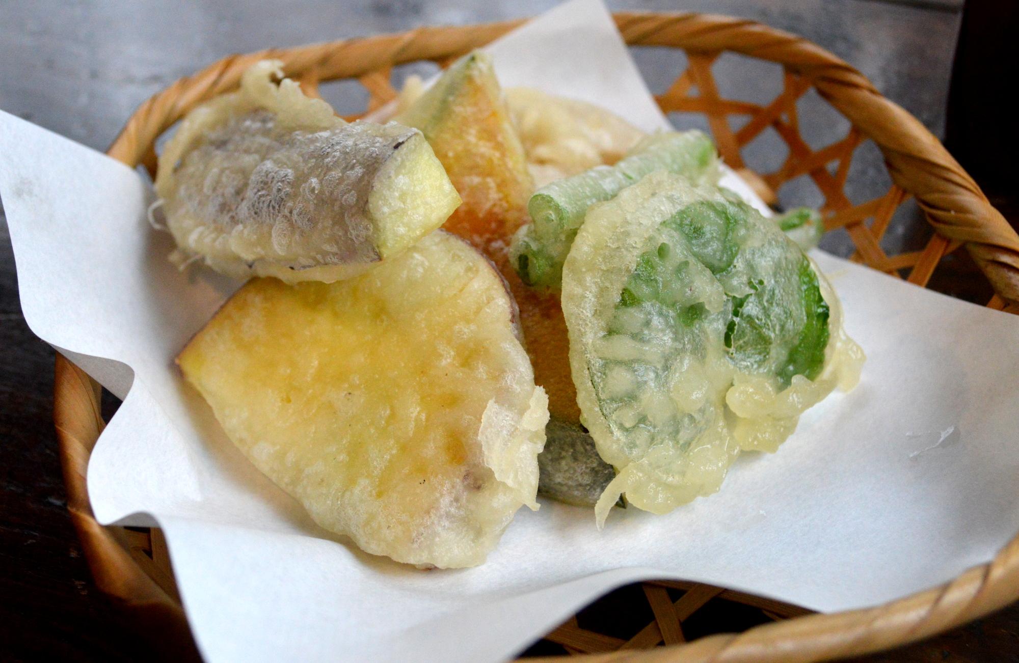地元の野菜をが美味しい蕎麦処こなすの天ぷら