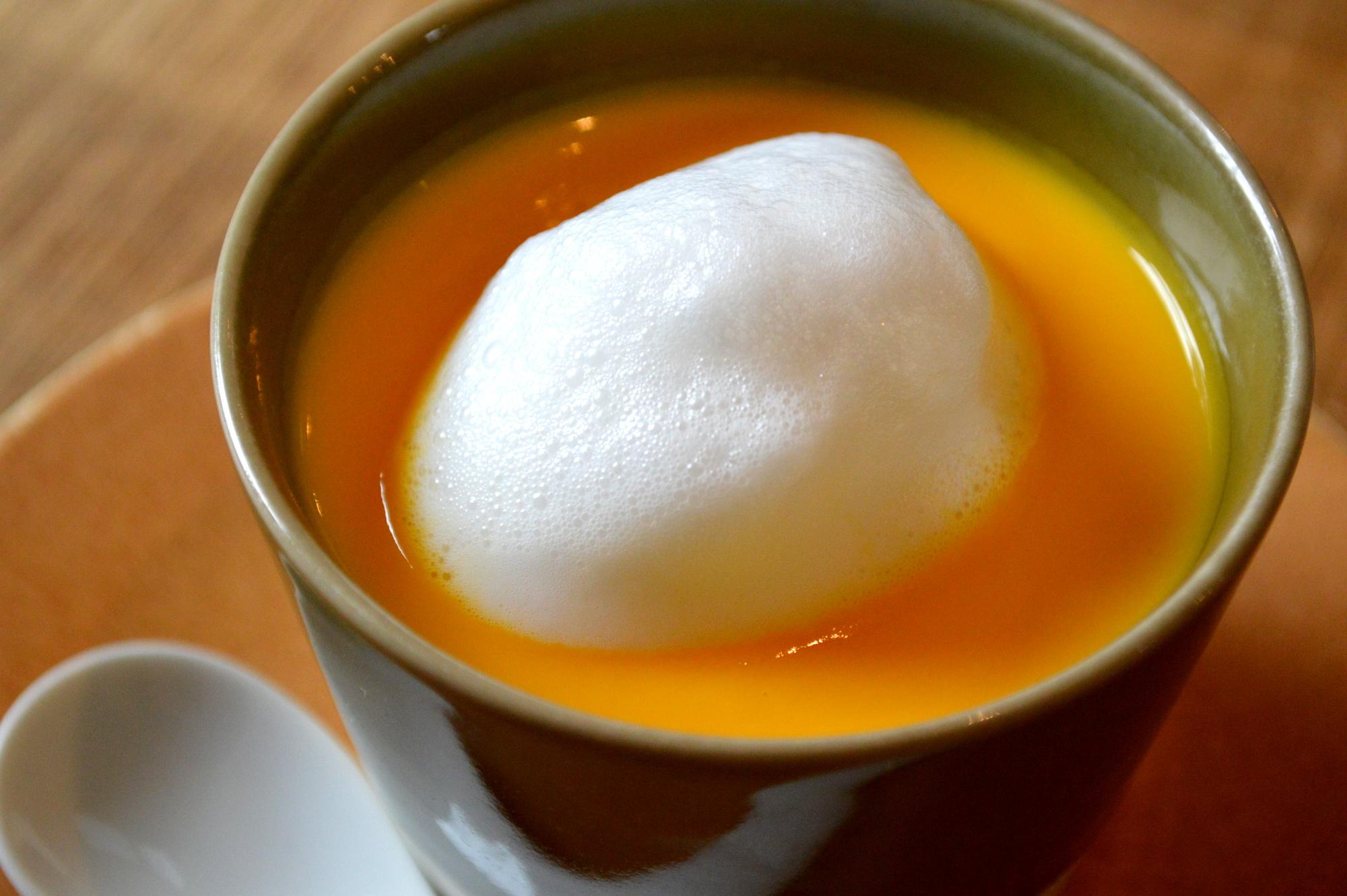 カフェpinoの人気ナンバーワンのニンジンスープ