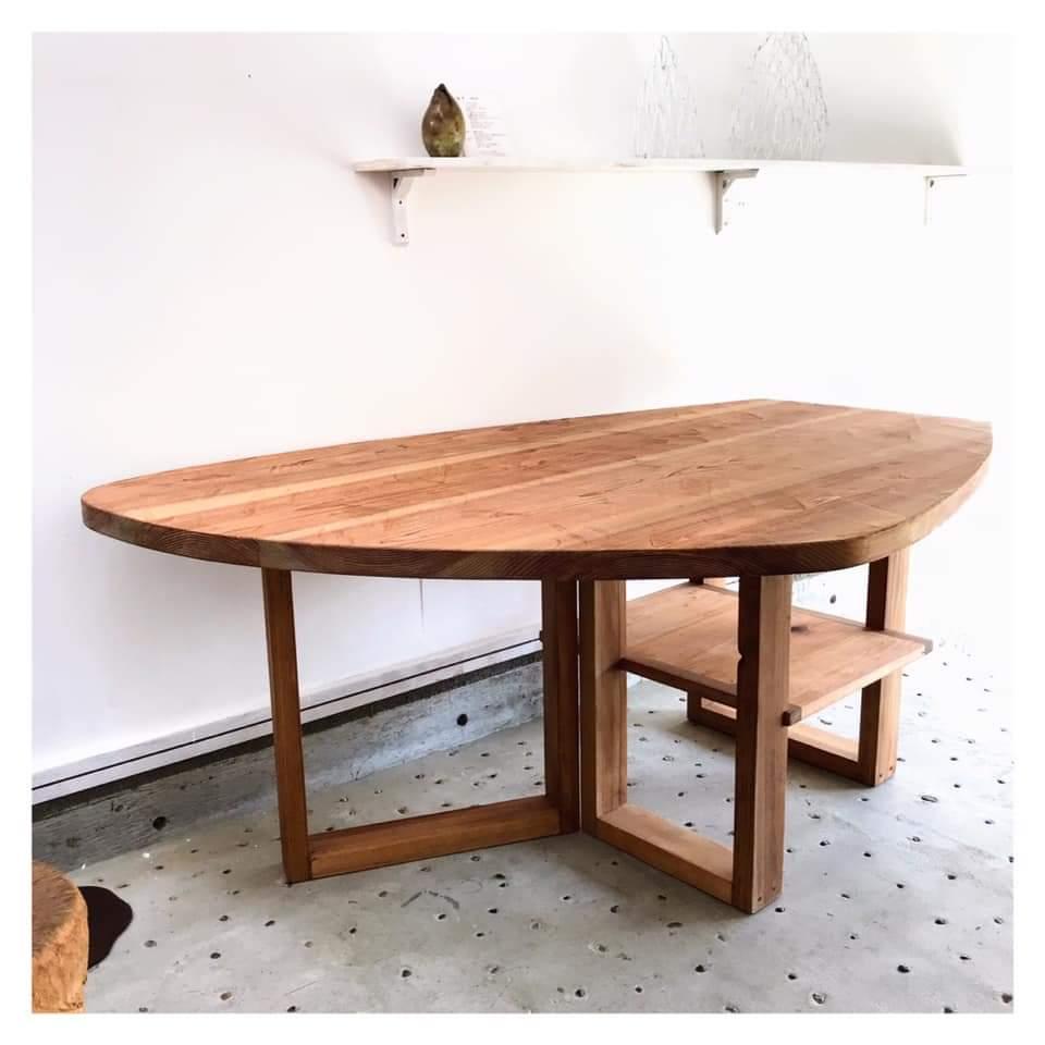 那須高原じざい工房の手作り家具八溝杉テーブル
