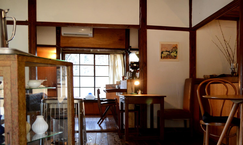 益子町のANDcafeの店内