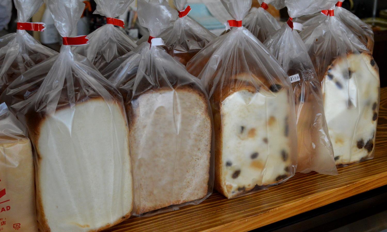 那須町黒田原のますやパン店の人気食パン