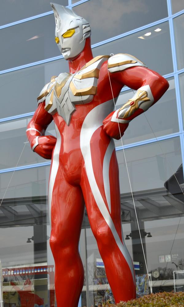 須賀川市福島空港のウルトラマン