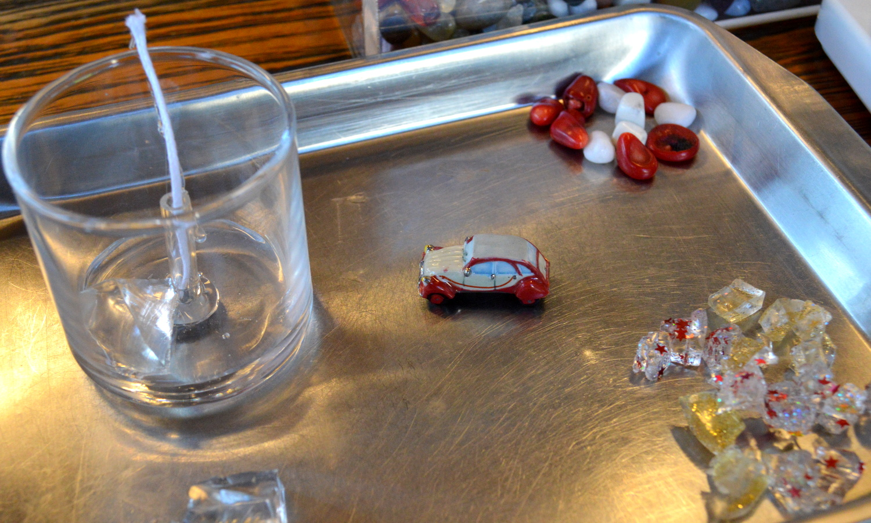 那須高原キャドルハウスシュシュのキャンドル製作体験の素材の組み立て