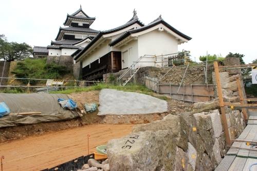 白河市小峰城修復の様子 三重櫓