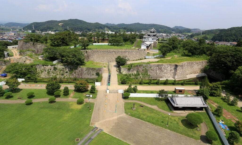 白河市小峰城の石垣修復ほぼ完成