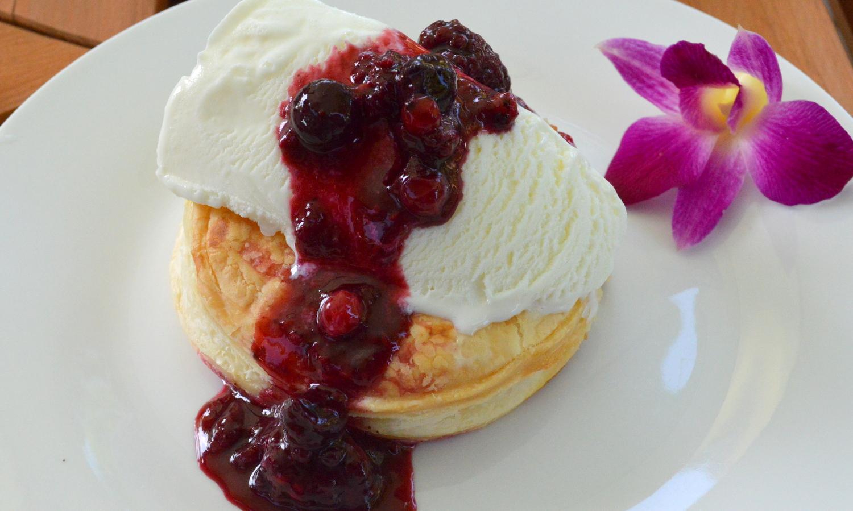 那須高原のハワイアンラナイカフェのアップルパイ