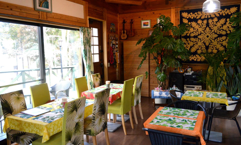 那須高原ハワイアンのラナイカフェの店内