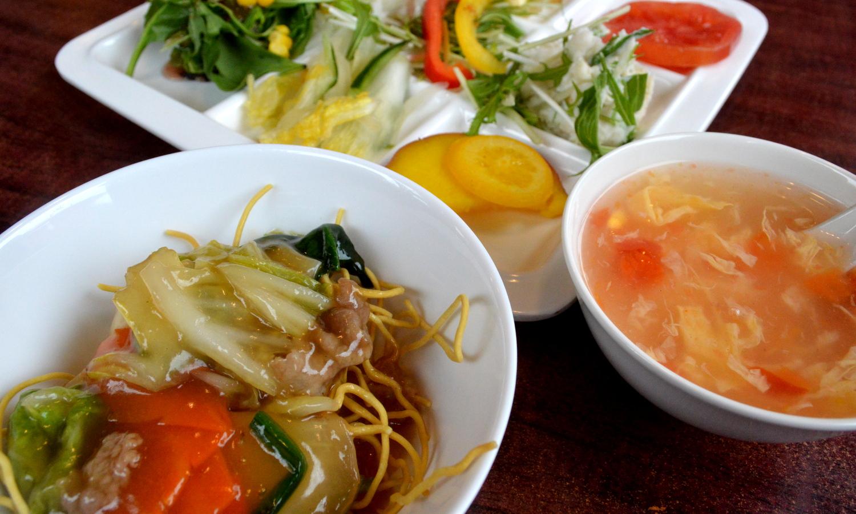 那須の中国茶寮遊山の前菜ブッフェ