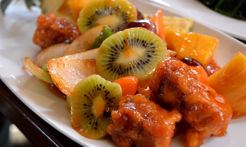 那須の中国茶寮遊山のフルーツ甘酢豚