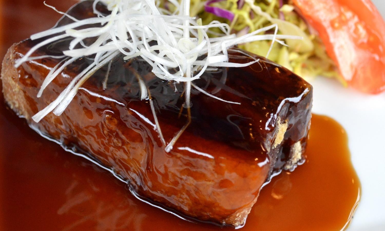 那須の中国茶寮遊山の特製角煮