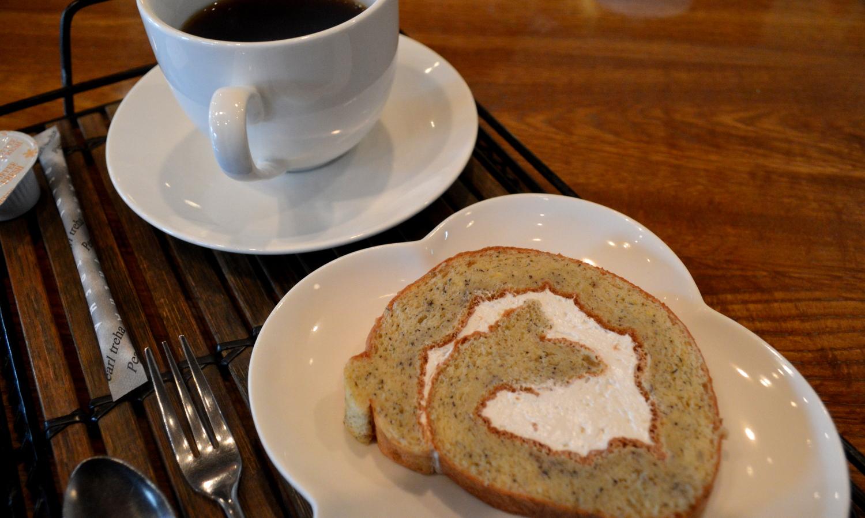 大田原家庭料理なづなのデザートはバナナロール