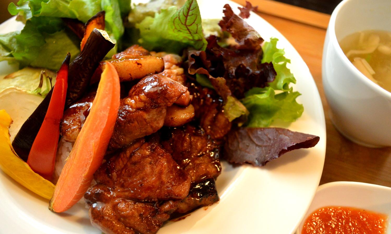 フランクリンズカフェの豚肉ライス