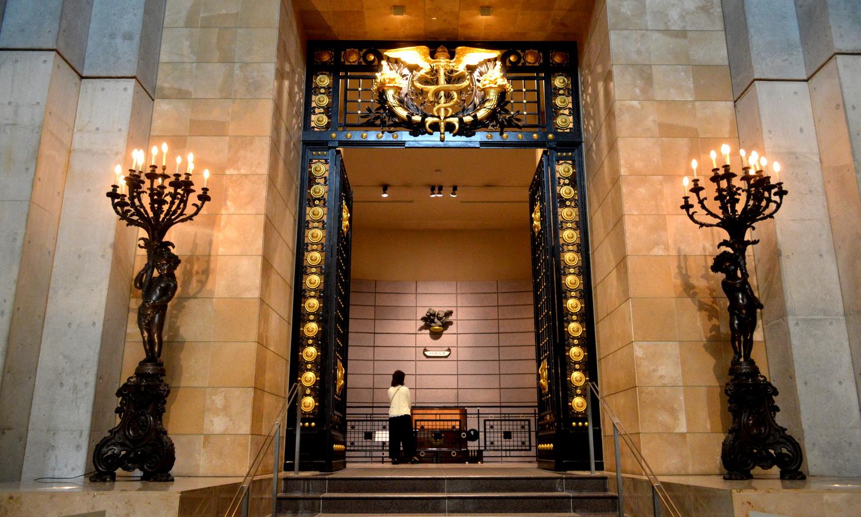 オルゴール美術館のシンボル的なゲート