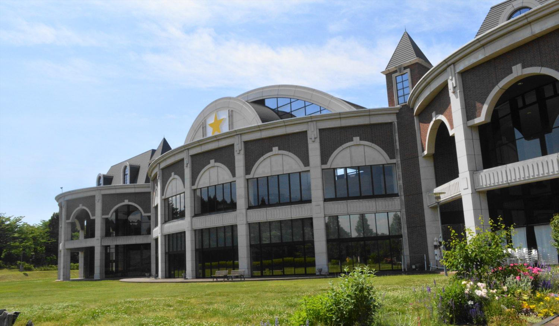 那須高原芸術祭の会場のサッポロビール那須森のビール園