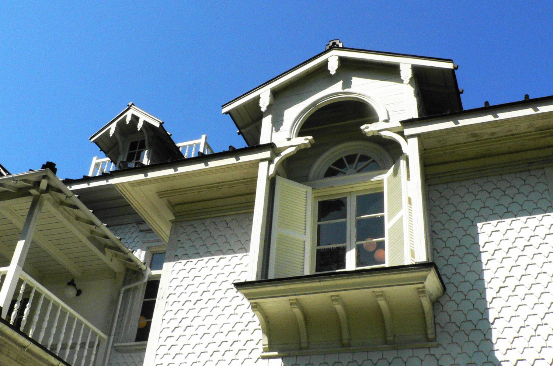 ドイツ風建築の青木周蔵別邸