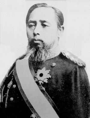 山田顕義伯爵の肖像写真